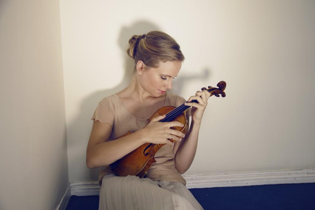 Julia Fischer (c) Felix Broede