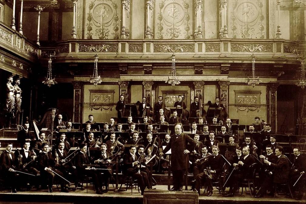 Gründer Ferdinand Löwe mit dem Wiener Concertverein